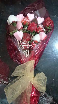 Ramo de 12 fresas cubiertas de chocolate