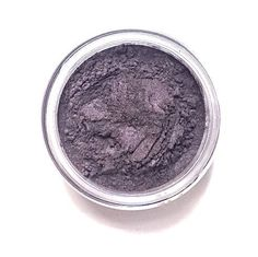 Plum Beauty Secrets, Diy Beauty, Beauty Makeup, Fashion Beauty, Beauty Products, Amethyst Cosplay, Mineral Eyeshadow, Plum Color, Make Up
