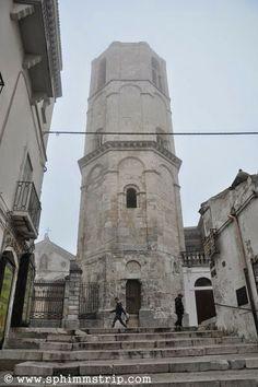 Monte Sant'Angelo - Foggia - Gargano - Puglia - Italia - #mygarganohttp://www.sphimmstrip.com/2014/05/tra-le-bianche-viuzze-di-monte-sant-angelo-puglia-mygargano.html
