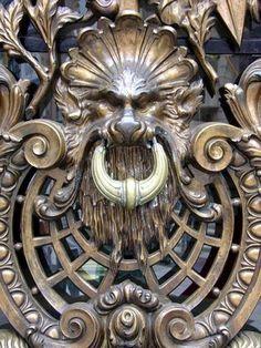 Door Knocker - Buenos Aires