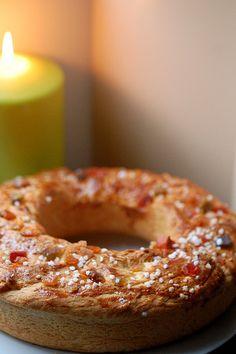 Couronne des Rois Bordelaise (Epiphany / King Cake from Southwest France) Galette Frangipane, Cake Name, Seasonal Celebration, Classic Cake, Xmas Food, Piece Of Cakes, Epiphany, Food To Make, Deserts