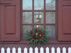 Colonial window...very nice....