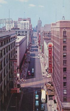Wisconsin Avenue, 1956 (Downtown MKE Pin of the Day, 9/28/2014).