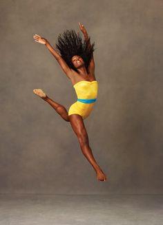 Rachael McLaren, Alvin Ailey American Dance Theater - Photographer Andrew Eccles