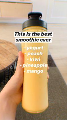 #recipe #smoothie Yummy Smoothie Recipes, Yummy Smoothies, Shake Recipes, Smoothie Drinks, Healthy Juices, Healthy Drinks, Yummy Drinks, Healthy Munchies, Aesthetic Food