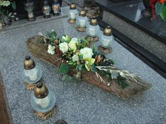 Mehr You are in the right place about funeral wreath Here we offer you the most beautiful pictures about the funeral fashion you are looking for. When you examine the . Mehr part of the picture you Grave Flowers, Funeral Flowers, Deco Floral, Arte Floral, Cemetery Decorations, Funeral Flower Arrangements, Christmas Flowers, Flower Quotes, Ikebana