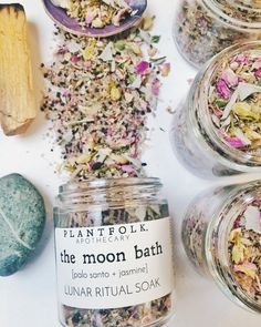 Plantfolk Apothecary - The Moon Bath Lunar Ritual Soak - Creative