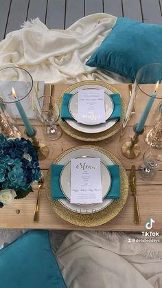 Romantic Dinner Tables, Romantic Dinner Setting, Romantic Date Night Ideas, Romantic Surprise, Romantic Picnics, Romantic Dates, Romantic Dinners, Picnic Decorations, Decoration Evenementielle