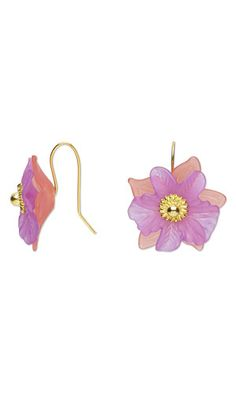 """Flower Earrings with Acrylic Components and Gold-Finished """"Pewter"""" Headpins. Design by Jamie Smedley. #FMG Design Idea D21S"""