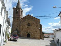 La Iglesia de San Miguel Arcángel de Tejeda del Tiétar, con su bello rosetón con la estrella de David, aunque invertida. Es del siglo XVI, construida bajo el auspicio del Obispo placentino Gutierre de Vargas.