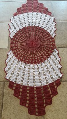 Table Runners, Christmas Tree, Holiday Decor, Crochet Carpet, Crochet Table Runner, Round Tablecloth, House Plants Decor, Binder, Traditional
