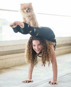 Joyful and healthy life with yoga. Joyful and healthy life with yoga. Joyful and healthy life with yoga. Joyful and healthy life with yoga. Flexibility Dance, Gymnastics Flexibility, Gymnastics Workout, Acrobatic Gymnastics, Dance Photography Poses, Gymnastics Photography, Dance Poses, Life Photography, Amazing Gymnastics