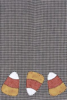 P08 Candy Corn Patternlet- fusible applique pattern for tea towels.