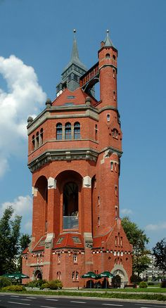 Water Tower - Wroclaw, Dolnoslaskie, Poland: It was built in and supplied water to the residents of the southern districts of Wroclaw for many years. The giant brick construction was modeled on medieval castles. - photo by rychem Unusual Buildings, Interesting Buildings, Amazing Buildings, Old Buildings, Ancient Architecture, Beautiful Architecture, Architecture Design, Beautiful Castles, Beautiful Places