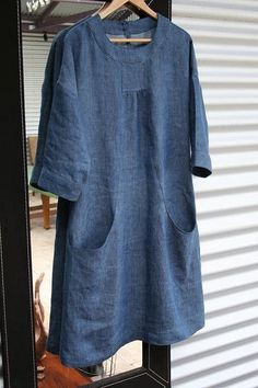Portfolio dress in linen - Simplicity 2245 Tutorial at http://fiveandcounting-motherof5.blogspot.com/2011/04/portfolio-in-linen-how-to-do-pockets.html
