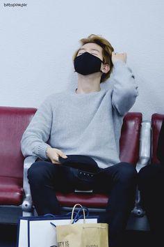 That neck. #baekhyun