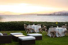 Την Τετάρτη 10 Ιουνίου εγκαινιάζουμε το FNL Garden, την «επόμενη ημέρα» των αγαπημένων σας #fnlevents. Σε έναν υπέροχο χώρο πλάι στη θάλασσα θα φιλοξενήσουμε μια σειρά από τα καλύτερα εστιατόρια, με την συνεργασία της Intercatering. Outdoor Furniture Sets, Outdoor Decor, Notes, Events, Garden, Home Decor, Report Cards, Garten, Lawn And Garden