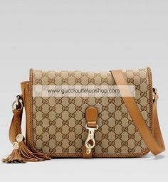 cbc17142145 Gucci bags and Gucci handbags 257024 FWHDG 9662