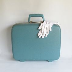 Mid Century Samsonite Overnight Suitcase  Small by leapinglemming