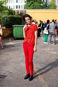 Attitude! From a model off-duty. It's Ruby Aldridge in Milano. Photo by Carolines Mode | StockholmStreetStyle