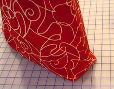 Tutorial: Box the Bottom Corners of a Bag Instructions, How To, DIY, Craft, Idea, Make, Sew, Fabric, girl, Tote, Bag, Purse, organize,
