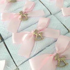 MAURICE | and she LOVED a little BOY very very much 💙 | #newborn #baby #babyboy #itsabou #babyboychocolates #chocolatesgalore #chocolates #cadbury #decoratedchocolates #blue #floral #bloom #flowers #decoratedfavors #printedbars #personalisedchocolate #personalisedfavors #celebrate #sydneychocolates #bows #sydneyfavors #newbornchocolates #sugarcoated #sugarcoatedfavors