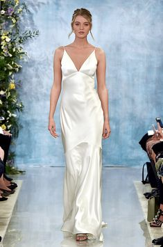 These sexy wedding dresses from Bridal Fashion Week will make you feel sexy without looking too risqué Wedding Dress Trends, Bridal Wedding Dresses, Designer Wedding Dresses, Bridal Style, Bridesmaid Dresses, Theia Bridal, Jeans Wedding, Sexy Gown, Bridal Fashion Week