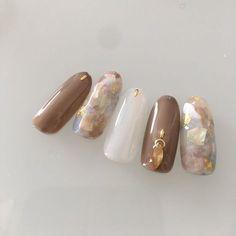 Cute nails, Nail art designs and Pretty nails. Uñas Color Cafe, Acryl Nails, Korean Nails, Japanese Nail Art, Luxury Nails, Pretty Nail Art, Bridal Nails, Gel Nail Designs, Gel Nail Art