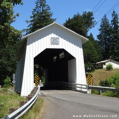 Built in the Coyote Creek Covered Bridge used to be part of Territorial Road, a major secondary road system that crisscrossed the valley in the mid- to The bridge was bypassed whe. Cottage Grove, Madison County, Country Scenes, Old Barns, Travel Bugs, Covered Bridges, Oregon Coast, Country Life, Places To See