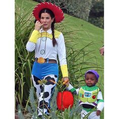 Omg Sandra Bullock and her son had the same costume as me and Asher!!!!!! Me and Sandra great minds think alike!