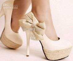 Trendy High Heels For Ladies : Picture DescriptionBlack Pumps High Heels - Ladies' high heel shoes Bowtie Bow Heels, Cute Heels, Shoes Heels, Louboutin Shoes, Tan Shoes, High Shoes, Gucci Shoes, Balenciaga Shoes, Valentino Shoes