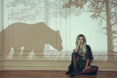 """The Animal Box"" — Photographer: Marta Bevacqua Stylist: Andréa Ottaviani Hair: Paul Dauchemin Makeup: Camille Lutz Model: Elodie @ Oui Management"