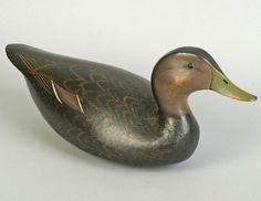 68: 1938 Ward Brothers Black Duck Decoy : Lot 68