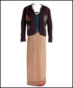 Gillian's outfit from the climax of the film - this was auctioned off for charity by Warner Brothers in 2001.