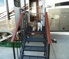 Best Portable Rv Steps Decks And Porches For 5Th Wheels Motorhomes And Campers Gallery A New 400 x 300