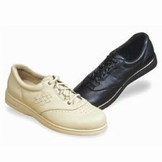 Wearing the Smart Shoe Now, May Save Your Feet Agony in the Future Orthopedic Shoes, Low Heels, Comfortable Shoes, Peep Toe, Oxford Shoes, Dress Shoes, Louis Vuitton, Lace Up, Young Women