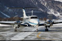 Raytheon King Air 350 (B300) aircraft picture