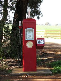 Petrol Pump Funny Mailbox Designs