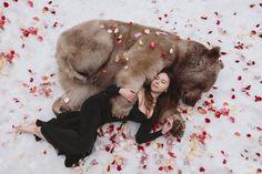 Olga Barantseva: Dreamlike Portraits with Real Animals in Russia