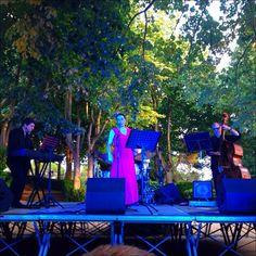 Eva i Fun Jazz durant el concert als Jardins de Santa Clotilde. Foto: Lídia Bartolomé.