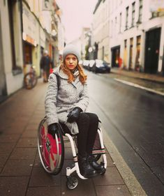 Gifts For Elderly Women, Wheelchair Photography, Grandmother Gifts, Beauty Queens, Disability, Lady, Passion For Fashion, Night Out, Winter Fashion