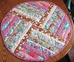 Vintage Hand Crafted Quilted TABLE TOPPER Tablecloth Chic U0026 Shabby