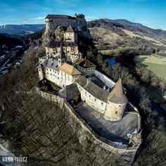 Árva castle (Oravsky hrad) is situated in the Carpathian mountains, it is located in the Upper lands/Horná zem/Felvidék, now it is in Slovakia Bratislava, Beautiful World, Beautiful Places, Fantasy Castle, Backpacking Europe, Abandoned Castles, Ancient Ruins, Medieval Castle, Capital City