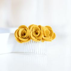 Mustard yellow hair comb Flower hair accessories for women by lindiespatch Flower Hair Accessories, Hair Accessories For Women, Wedding Hair Accessories, Yellow Wedding Flowers, Flowers In Hair, Hair Comb Clips, Hair Combs, Watercolor Floral Wallpaper, Boquette Wedding