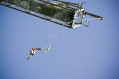 In addition to the Spacemaker, Aqualandia offers to the recklesses the possibility to take a stab at another adrenaline attraction. From the Bungee Jumping tower, [. Bungee Jumping, Extreme Sports, Some Fun, Outdoor Activities, Stuff To Do, Adventure, Journey, Lifestyle, Friends