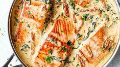 Rozplývavé vlastnosti lososího masa se tu báječně snoubí se stejně rozplývavým máslem a hutnou smetanou. New Recipes, Cooking Recipes, Quiche, Ham, Foodies, Food And Drink, Treats, Fish, Breakfast
