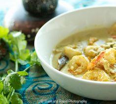 Indian Bengali Shrimp Coconut Curry - Heart warming!