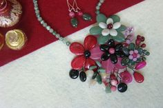 """Flori de piatră-Bijoux""-bijuterii artizanale marca Didina Sava Handmade Jewelry, Album, Stone, Rocks, Jewels, Jewerly, Rock, Handmade Jewellery, Jewellery Making"