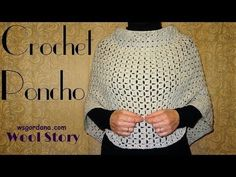 Let's make an elegant addition to your wardrobe with these appealing crochet poncho patterns. Easy DIY crochet poncho collection is the part of this amazing post. Now you have full freedom to crochet the best looking poncho pattern for your stylish d Diy Crochet Poncho, Crochet Poncho Patterns, Quick Crochet, Crochet Beanie, Learn To Crochet, Crochet Stitches, Crochet Stocking, Crochet Potholders, Diy Beauty Hacks