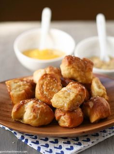 Soft Pretzel Bites - Garnish with Lemon